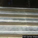 escalera de marmol con tabica de fosil