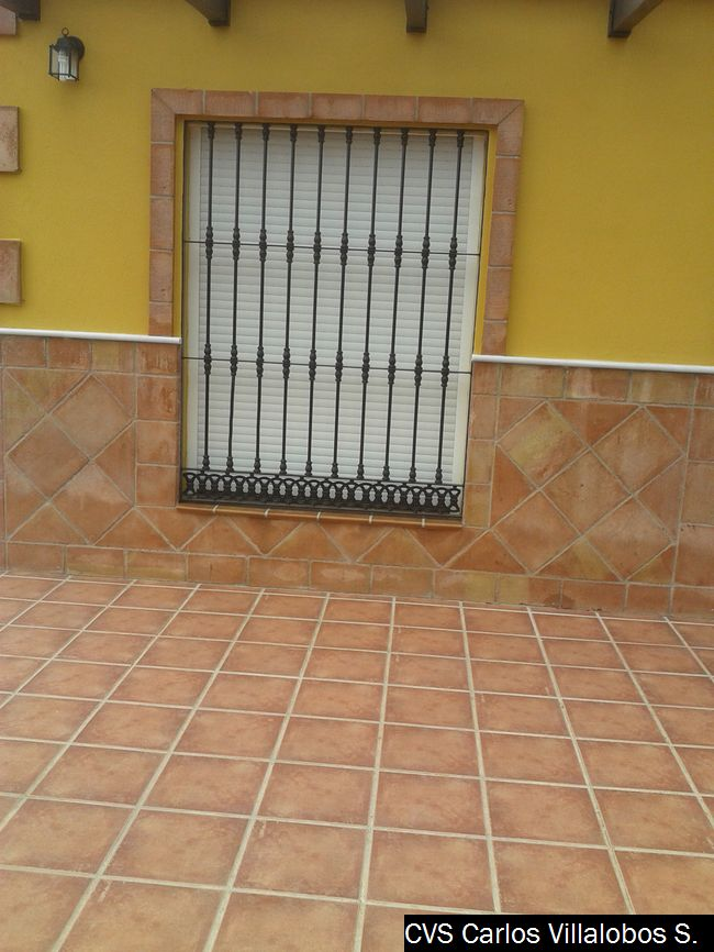 Porche Y Fachada Rural Presupuesto Obras Malaga - Zocalos-de-fachadas